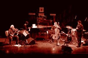 """LA PLANETE QUARTET/LIONEL LOUEKE TRIO. """"La universalidad del jazz fuente de renovación y futuro"""".19º Ciclo Jazz es Primavera-II Festival Eurojazz 2011. Ellas crean. C.M.U. San Juan Evangelista (Madrid)."""