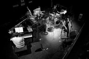 """CECILIA KRULL QUINTET. """"La universalidad del jazz fuente de renovación y futuro"""". 19º Ciclo Jazz es Primavera-II Festival Eurojazz 2011. Ellas crean. C.M.U. San Juan Evangelista (Madrid)."""