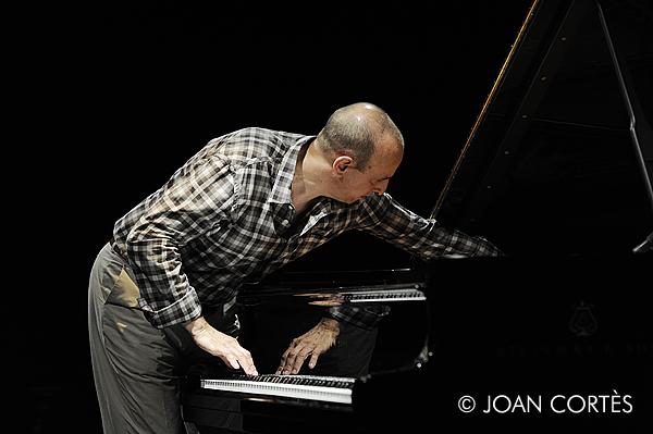 Agustí Fernández Liquid Trio & Joe Morris (Grec 2013 – Festival de Barcelona, 2013-07-14)