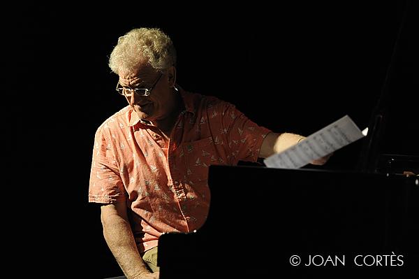 01_JOHN TAYLOR (©Joan Cortès)_17jul13_#1Têtes de Jazz!_Avignon