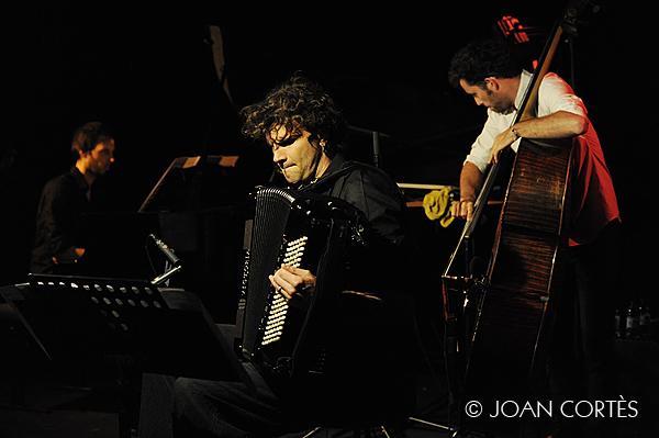 07_PEIRANI TRIO (©Joan Cortès)_17jul13_#1Têtes de Jazz!_Avignon