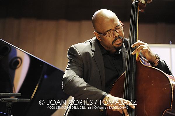 02_CHRISTIAN McBRIDE Trio (©Joan Cortès)_16nov13_Conservatori del Liceu_45FIJazz_Bcn