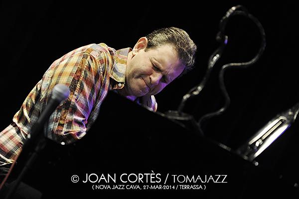 10_BRUCE BARTH Trio + PSambeat (©Joan Cortès)_27mar14_Nova Jazz Cava_33FJazzTerrassa