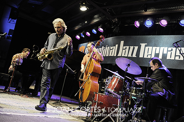 13_BRUCE BARTH Trio + PSambeat (©Joan Cortès)_27mar14_Nova Jazz Cava_33FJazzTerrassa