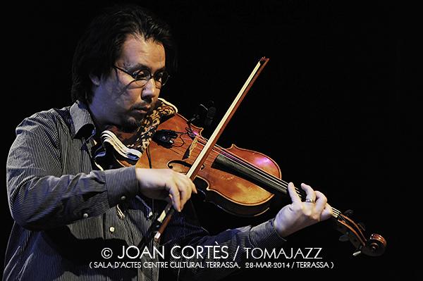 17_BILL FRISELL Trio + PSambeat (©Joan Cortès)_28mar14_Centre Cultural Terrassa_33FJazzTerrassa
