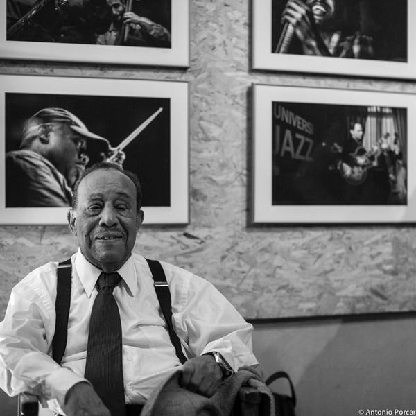 """Lou Donaldson con """"Phocuzz"""" de fondo © Antonio Porcar, 2014"""